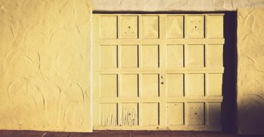 In this article, we wanted to give you information about Garage Door Repairs Irvine.
